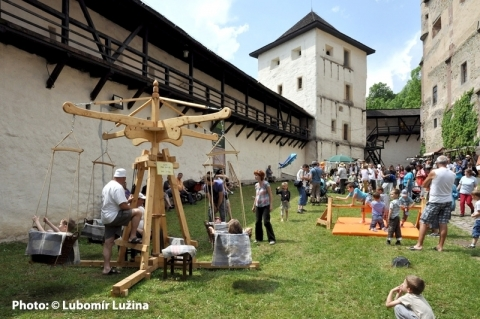 Traditional-crafts-festival-in-Banska-Stiavnica-©-Lubomir-Luzina